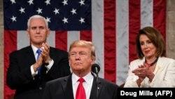 Donald Trump çıxış edərkən