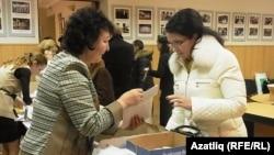 Танылган җырчы Зәйнәп Фәрхетдинова теркәлү үтә