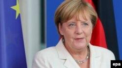 Angela Merkel priliv migranata vidi kao šansu za budućnost zemlje