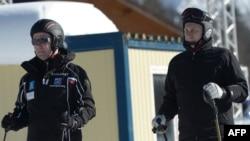Главные горнолыжники России на олимпийской трассе. Сочи, январь 2014 года