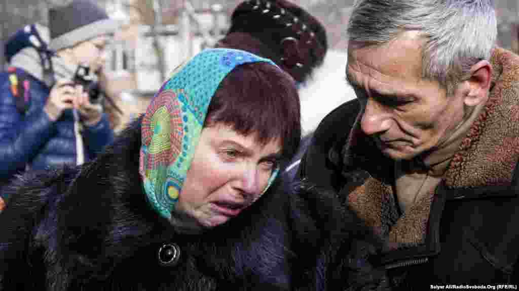 Мати героя Людмила Гаврилюк розповіла, що її син завжди з собою брав маленький кактус. За її словами, рослина зів'яла через місяць після того, як поховали Андрія