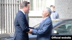 Қазақстан президенті Нұрсұлтан Назарбаев (оң жақта) пен Ұлыбритания премьер-министрі Дэвид Кэмерон. Лондон, 21 шілде 2013 жыл.