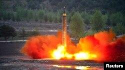 Выпрабаваньне балістычных ракет у КНДР, архіўнае фота
