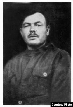 Павел Непомнящий был расстрелян в 1938 году