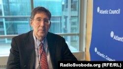 ДжонГербст, колишній посол США в Україні, директор Євразійського центру «Атлантичної ради» США