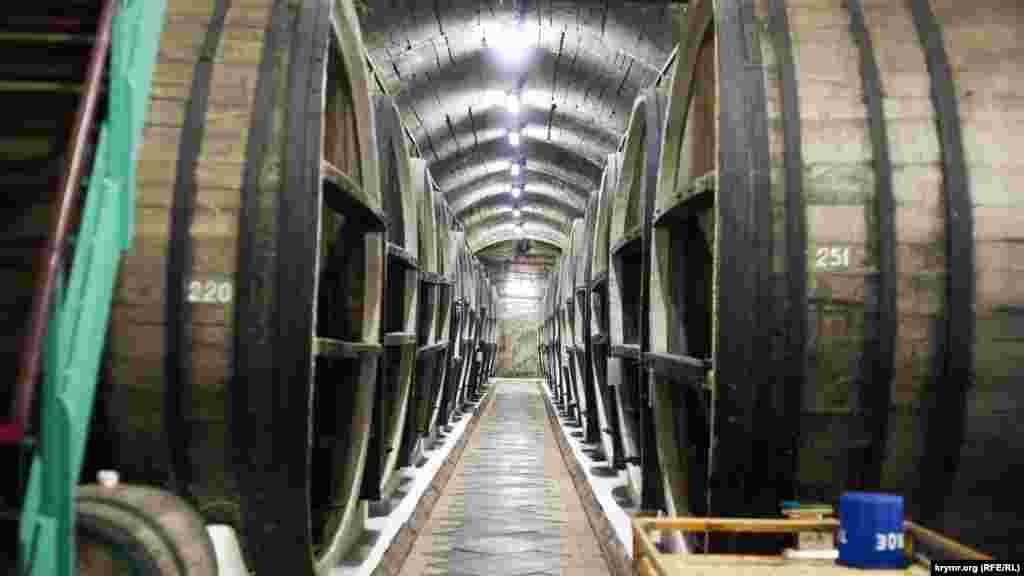 Тунелі з бутами