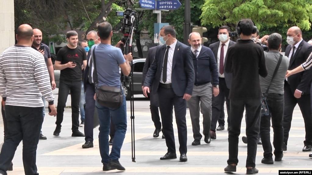 В Армении режим ЧП будет продлен до 13 июня