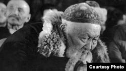 Народный поэт Жамбыл Жабаев. Фото из книги Мадата Аккозина «Вернуть из забвения».