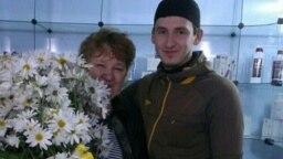Елена Барзукаева с сыном Исламом