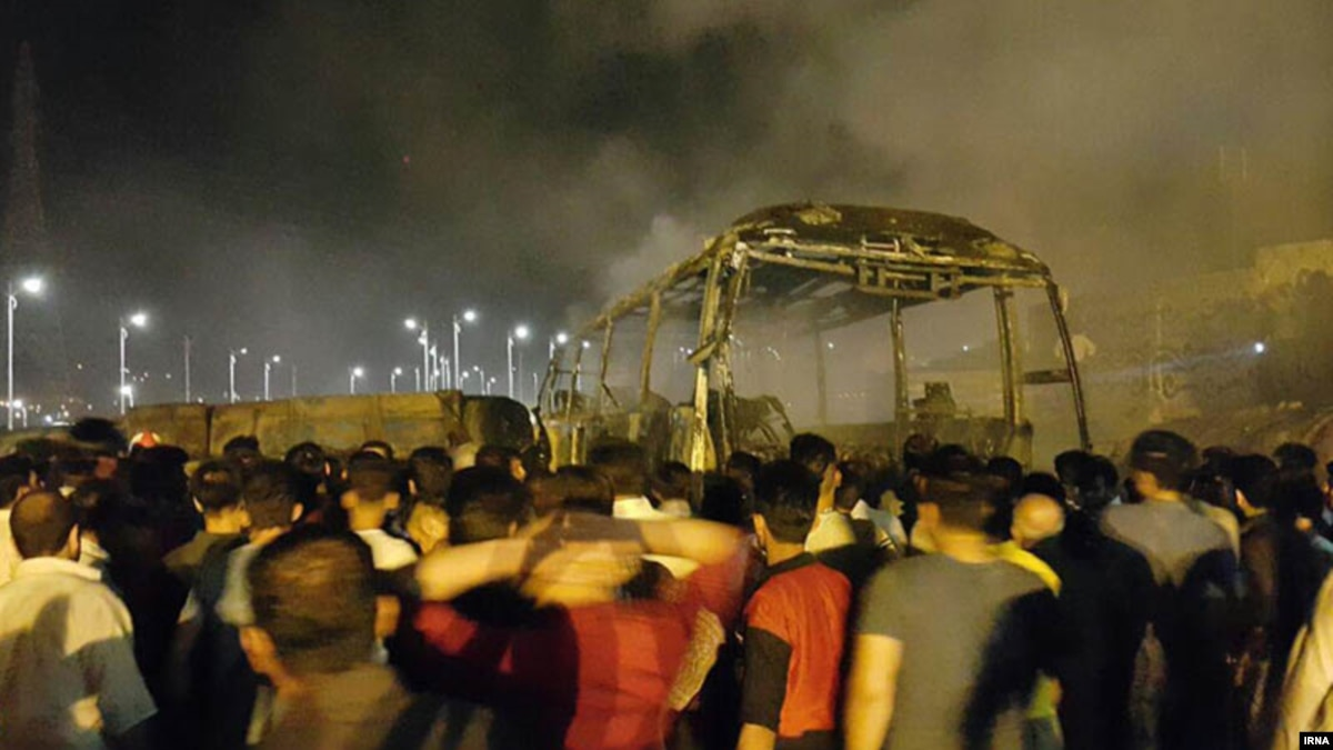 Many Reportedly Killed In Fiery Truck-Bus Crash In Iran's Kurdistan Province