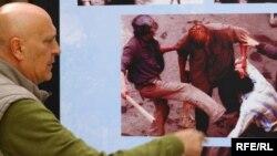 Descinderea minerilor la Bucureşti, expoziţie de fotografii la Praga