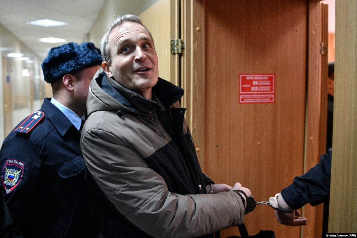 More Jehovah's Witnesses Detained In Russia After Danish Adherent's