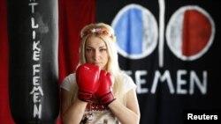За права французских женщин крайне активно борются активистки FEMEN во главе с Инной Шевченко
