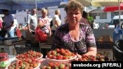 Гандаль трускалкамі на гомельскім рынку