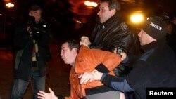 Përleshjet e protestuesve me policinë në Sofje