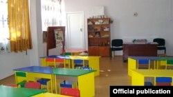 На содержание детских садов Тбилиси из городского бюджета выделено 86 миллионов лари, 45% этой суммы приходится на продукты питания. Экономя на мясе, участники коррупционной схемы ежегодно кладут в карман до пяти миллионов лари