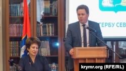 Председатель российского парламента Севастополя Екатерина Алтабаева и глава российского правительства Севастополя Дмитрий Овсянников, архивное фото