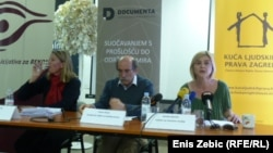 Vesna Teršelič, Zoran Pusić i Sandra Benčić na predstavljanju zahtjeva, Zagreb., 02. travanj 2012.