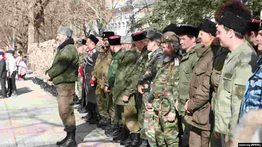 «Самооборона» Крыма – формирование, которое помогало России аннексировать полуостров в 2014 году