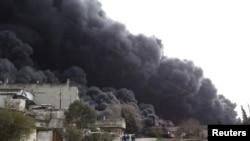 Ҳомсдаги нефтни қайта ишловчи завод, 2012 йил 15 феврал.