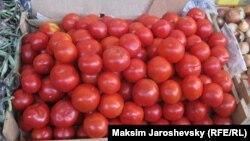 Pomidor (arxiv fotosu)