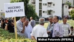 Protesti radnika Pretisa ispred Vlade FBiH, avgust 2012.