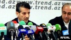 Iranian envoy to Azerbaijan Mohammad Bagir Bahrami (left) at a press conference in Baku (file photo).