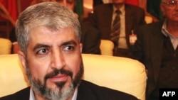 خالد مشعل، رهبر تبعیدی حماس، در سوریه زندگی میکند.