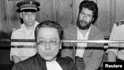 ورژه در حال دفاع از جرج ابراهیم عبدالله، عضو انجمن مسلحانه انقلابی لبنان، گروه مارکسیستی کوچکی که در جنگ داخلی لبنان نقش مهمی بازی کرد