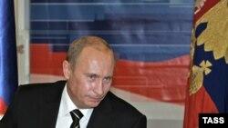 Владимир Путин легко поворачивал разговор в удобное для него русло