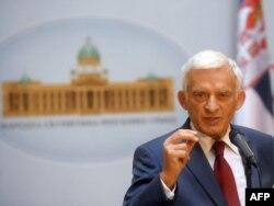 Ježi Buzek na sednici Skupštine Srbije, 3. oktobar 2011.
