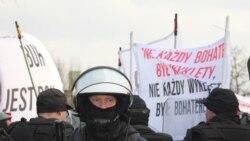 Марш польскіх нацыяналістаў у Гайнаўцы і войны за гісторыю