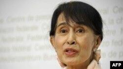 Udhëheqësja e opozitës në Birmani, Aung San Su Ki.