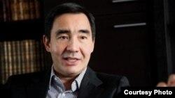 Әділ Тойғанбаев.