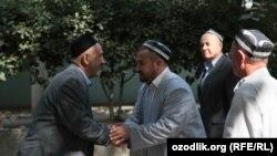 Активистов махаллей (объединений, созданных в качестве органов самоуправления) в Узбекистане обучают противостоять экстремистским силам.