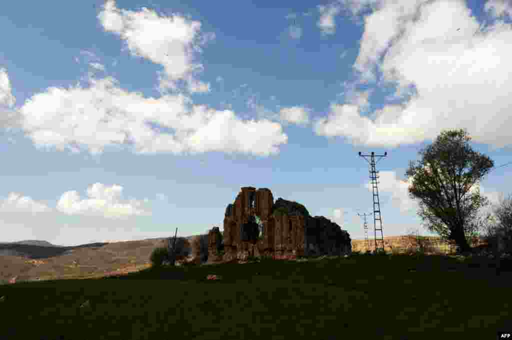 The Armenian church ruins in Hozat