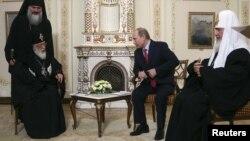 Глава Грузинской православной церкви – первый, кто после смены власти в стране приехал с визитом в Москву