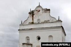Па папярэднім пляне спачатку будзе аднаўленьне фасадаў сынаогі і прыбудоваў