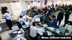 مجموع زیان انباشته ۹ بانک ایران بیش از پنج برابر سود انباشته آنهاست.