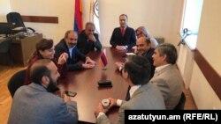Заседание парламентской фракции «Елк», Ереван, Армения, 30 апреля 2018 года