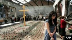 В этом году - пятая годовщина захвата бесланской средней школы