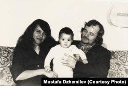 Мустафа, Сафинар и Хайсер Джемилевы. Якутия. 1982. Архив Мустафы Джемилева