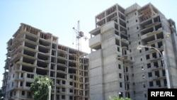 Згради во изградба