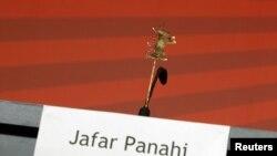 Пустое место Джафара Панахи на Берлинале 2011 года. Режиссер был приглашен на Берлинале в качестве члена жюри