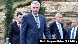Частая смена министров за семилетнее правление «Грузинской мечты» никогда не касалась Давида Сергеенко
