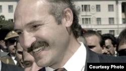 Аляксандар Лукашэнка ўзору 1994-га