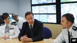 Кэмерон провел экстренное совещания с руководством правоохранительных ведомств
