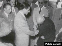 محمدرضا شاه و محمد مصدق