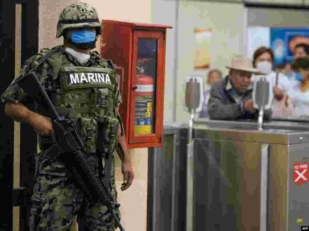 В Мексике от свиного гриппа умерло уже более 100 человек
