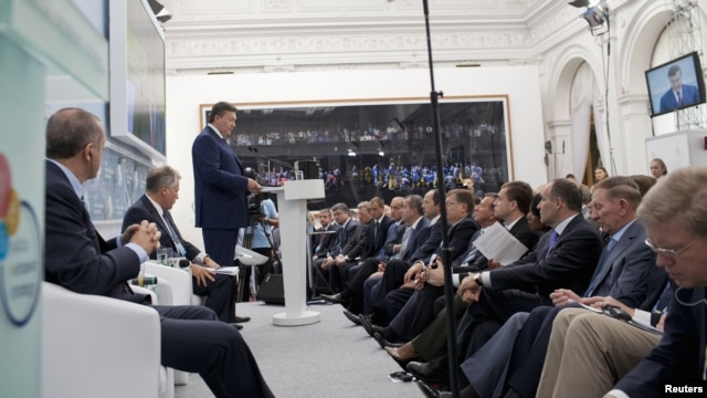"Ukrainian President Viktor Yanukovych delivers a speech during the ninth Yalta Annual Meeting ""Ukraine and the World: Addressing Tomorrow's Challenges Together"" in the Black Sea resort of Yalta on September 14."